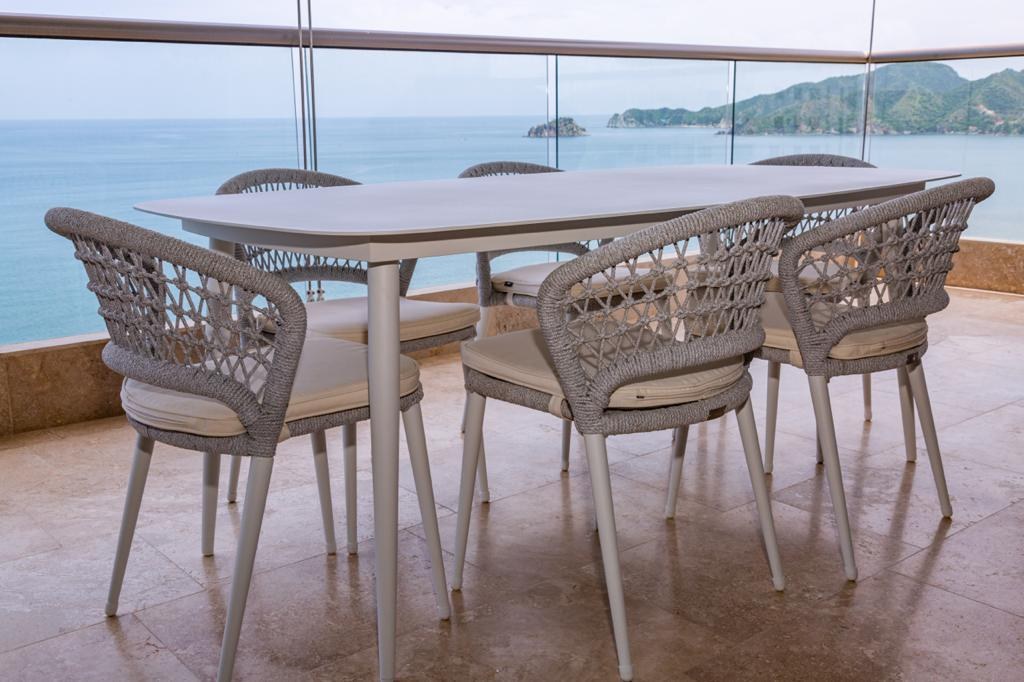 exterior-comedor-6-puestos-sillas
