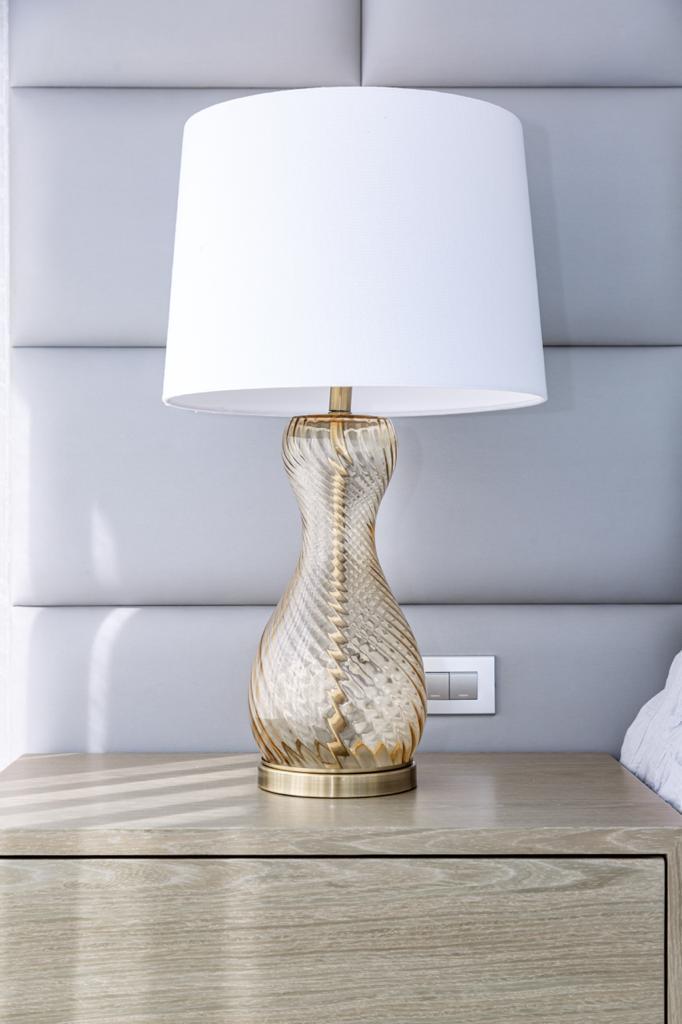 habitacion-principal-lampara